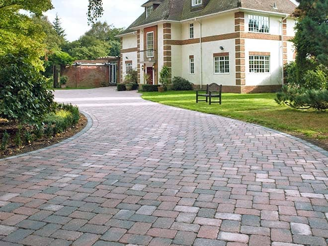 Driveway%20cleaning%20and%20sealing%20pic1%20Jatec