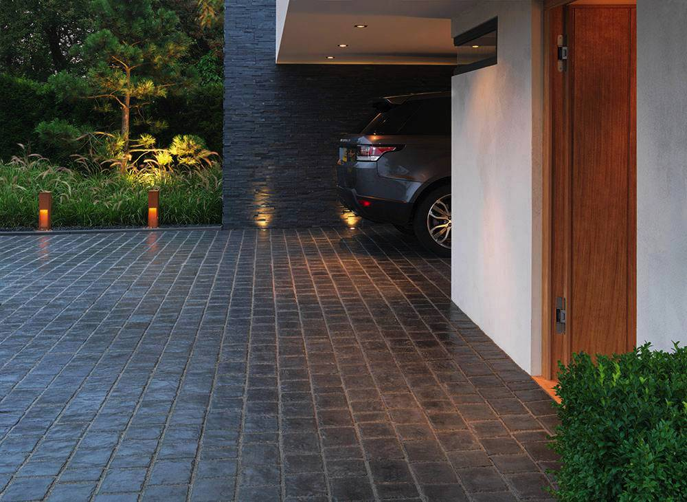 Driveway%20cleaning%20and%20sealing%20pic2%20Jatec